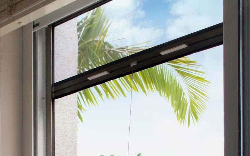 Mosquitero para ventanas Pentagrama visto desde el interior