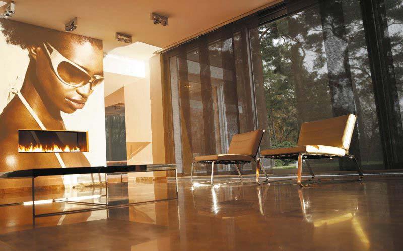 Sala moderna con paneles Japoneses traslúcidos que periten el paso de la luz