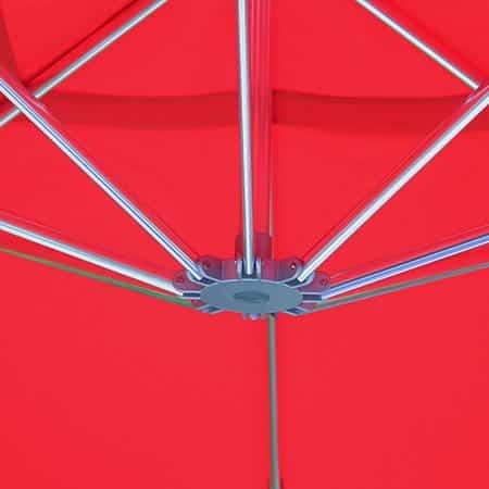 Detalle interior de una sombrilla Menorca